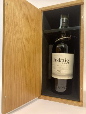 Islay_Single Malt_Scotch Whisky_LIMITED RELEASE_aged 30 years_Port Askaig
